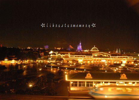 部屋からの眺め夜.jpg
